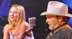 """Merle Haggard & Jewel Sing """"Silver Wings"""" In Live Duet Country Music Lyrics, Country Music Videos, Country Music Singers, Best Song Ever, Best Songs, Music Mix, Good Music, Merle Haggard Songs, Jewel Singer"""