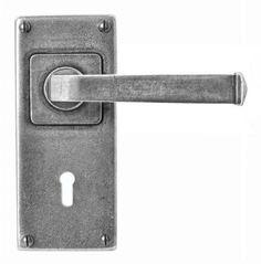 Finesse FD074 ALLENDALE Pewter 'JESMOND' lock/Keyhole Handle