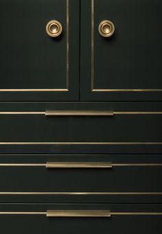 A History von Interior Design - Art Deco Modern Kitchen Interiors, Interior Design Kitchen, Kitchen Designs, Deco Interiors, Modern Kitchens, Kitchen Modern, Updated Kitchen, Brass Kitchen, Kitchen Decor