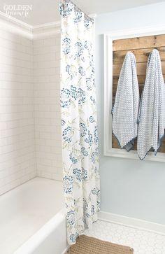 Gorgeous guest bathroom remodel via thegoldensycamore.com