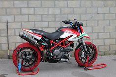 Ducati Hypermotard Custom Motorbikes Populer In 2017 https://www.mobmasker.com/ducati-hypermotard/