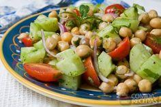 Receita de Salada de grão de bico em receitas de saladas, veja essa e outras receitas aqui!