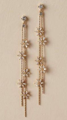 Wedding Accessories, Jewelry Accessories, Jewelry Design, Bridal Jewellery Inspiration, Jewelry Ideas, Indian Wedding Jewelry, Indian Bridal, Bridal Jewelry, Climbing Earrings