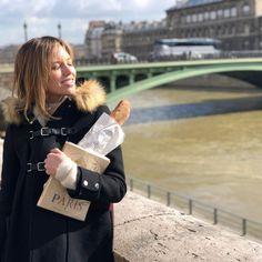 Kayla Ewell, Paris, Montmartre Paris, Paris France