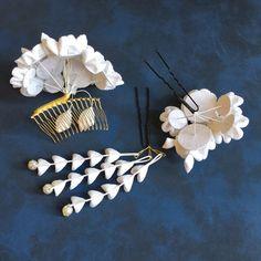 桜と小花の髪飾り✼ピュアホワイト✼つまみ細工