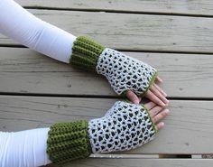 Claire Fingerless Mittens Pattern | AllFreeCrochet.com