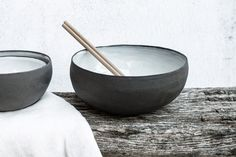 Ceramic Bowl - Handmade Modern Pottery - Blue Glaze Over Matte Black Stoneware Clay - Soup/Rice/Dessert/Cereal/Ice Cream - Small Dining Set Contemporary Ceramics, Modern Ceramics, White Ceramics, Contemporary Design, Stoneware Clay, Ceramic Bowls, Ceramic Art, Small Dining Sets, Grand Bol