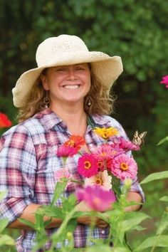 Food And Thought, Flower Farm, Growing Flowers, Zinnias, Bloom, Flower Girls, Beautiful, Country Life, Nashville