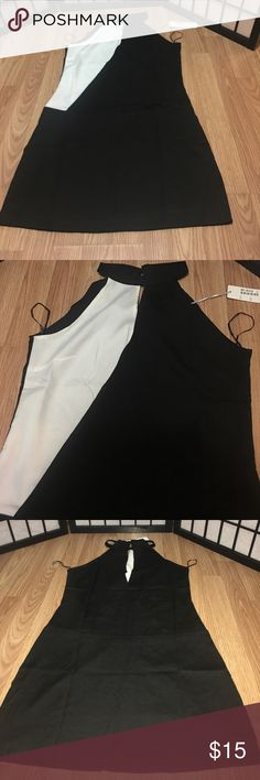 Black and White size large Run Way in Paris dress Black and White size large Run Way in Paris dress. NWT Run Way in Paris Dresses