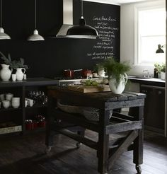 The industrial chic interior of the kitchen of The White House in Daylesford by Australian design duo Gardener & Marks. I love how the white crockery stands out almost sculpturally against the black chalkboard wall Deco Design, Küchen Design, Home Design, Interior Design, Design Ideas, Design Hotel, Modern Interior, Kitchen Cabinets Repair, Simple Kitchen Cabinets