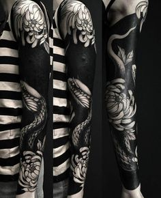 35 Delightful Blackwork Tattoo Designs-Redefining the Art of Tattooing with Black Ink Check more at http://tattoo-journal.com/best-blackwork-tattoo-designs-meaning/
