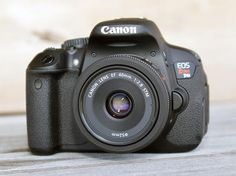 Seven tools every dSLR owner should carry in their arsenal - CNET