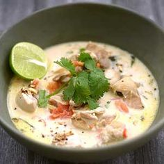This One Pot Thai Coconut Chicken Soup recipe is why I love Asian inspired dishes. Chicken Coconut Soup, Coconut Soup Recipes, Thai Chicken, Chicken Soup Recipes, Easy Delicious Recipes, Healthy Recipes, Healthy Meals, Chef Recipes, Soups And Stews