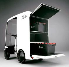 EAVan, British start-up Electric Assisted Vehicles Limited have revealed an electric cargo bike with an range of for inner city deliveries Electric Cargo Bike, Electric Cars, Truck Design, Bike Design, 4 Wheel Bicycle, Food Cart Design, Velo Cargo, 3d Modelle, City Car