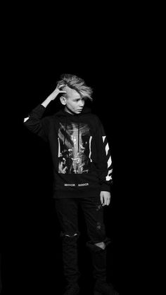 You're cute, T. Twin Boys, Twin Brothers, My Boys, Marcus Y Martinus, Bae, I Go Crazy, Love U Forever, Black And White Wallpaper, Youre Cute