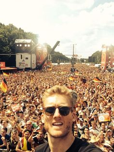 Meanwhile in berlin. The German national team back from Rio ~ Andre Schürrle
