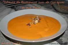 Velouté de butternut aux St Jacques et Noix.