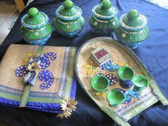 Wedding dala-kula for Holud Kota Bengali Wedding, Desi Wedding, Wedding Gifts, Trousseau Packing, Candle Arrangements, Wedding Plates, Wedding Rituals, Wedding Mandap, Flower Backdrop