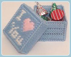 I Heart You Trinket Box in Plastic Canvas - PATTERN ONLY by KatsCraftKorner on Etsy https://www.etsy.com/listing/265765267/i-heart-you-trinket-box-in-plastic