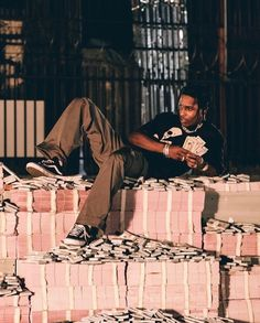 Image about money in asap rocky👼🏻💦💍' by skylar smith Beautiful Boys, Pretty Boys, Asap Rocky Fashion, Lord Pretty Flacko, A$ap Rocky, Rap Wallpaper, Trippie Redd, Herren Outfit, Tyler The Creator