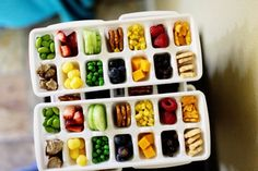 Such a cute idea.. for those always snacking! You can use ice trays or egg cartons!