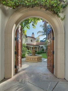 Tyra Banks Selling Los Angeles Home Photos | Architectural Digest