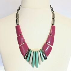 New Wave Vintage Chunky Geometric Abstract Statement Necklace Plastic Resin Turquoise Necklace, Beaded Necklace, Plastic Resin, Necklace Lengths, Retro Vintage, Handmade Items, Waves, Detail, Surface