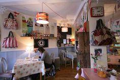 Fifties Tea Shop 415