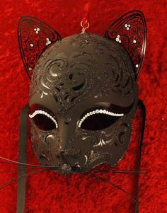 Luxury Venetian cat  mask in black