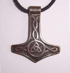 A thorshammer mjölnir be22 - Mjöllnir — Wikipédia