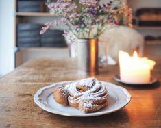 Tillsamman: Schwedisches Restaurant und Café in Zürich Doughnut, Restaurant, Desserts, Food, Cozy Cafe, Home Made, Food Food, Twist Restaurant, Postres