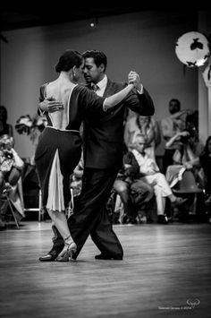 Beautiful.....Traditional Villa Urquiza style argentine tango! My passion ❤