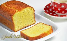 Chec cu lamaie - reteta video Cornbread, Sweets, Ethnic Recipes, Desserts, Food, Kitchens, Millet Bread, Tailgate Desserts, Deserts
