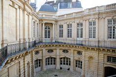 L'Hôtel de Beauvais, Paris