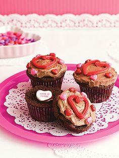 Be My Valentine Cupcakes #cupcake #decorating #heart #valentinesday