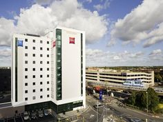 Birmingham ibis Birmingham International Airport - NEC United Kingdom, Europe Set in a prime location of Birmingham, Ibis Birmingham Airport Hotel puts everything the city has to offer just outside your doorstep. Both business travelers and tourists can enjoy the hotel's facilities and services. Free Wi-Fi in all rooms, daily housekeeping, fax machine, grocery deliveries, photocopying are there for guest's enjoyment. Designed for comfort, selected guestrooms offer towels, mirr...