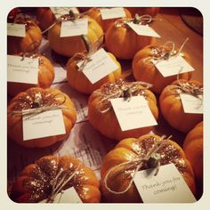 little glitter pumpkin favors: fall decor This is super cute! Since the shower is early October the pumpkins would still be out for when she's due! We can decorate with them then send them home as favors...