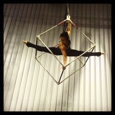 A little straddle time with my cube  #aerialist #aerialartistry #aerialcube #straddle #splits