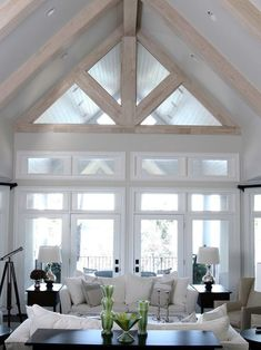 VAULT CEILING WITH BEAMS THAT MATCH THE FLOOR COLORING #vaultedceiling #Design #Ideas #Decor #ceiling