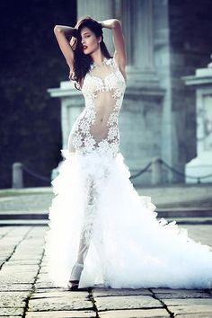 Sexy Wedding Dresses with Hottest Details - MODwedding Sexy Wedding Dresses, Sexy Dresses, Bridal Dresses, Wedding Gowns, Formal Dresses, Wedding Venues, Wedding Reception, Wedding Rings, Amazing Dresses