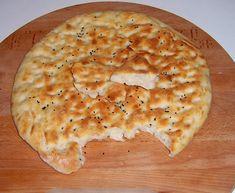 Around the World - in favorite recipes: Afghani Bread Afghan Bread Recipe, Afghan Food Recipes, Indian Food Recipes, Ethnic Recipes, African Recipes, Afghanistan Food, Traditional Bread Recipe, Chapati Recipes, Flatbread Recipes