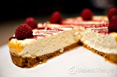 Creamy cheesecake with fresh raspberries:  a wonderful diabetic dessert recipe on DiabeticLifestyle. Recipe includes detailed instructions to make the perfect (and easy) cheesecake.  Also, you'll find all nutritional and diabetic exchange information.