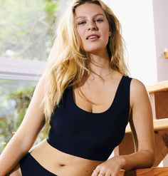 True Body Lift combines the buttery soft comfort of our original True Body bras with extra wirefree support. Super Lift Fabric and a wirefree channel lift you up to 1 inch (and won't flatten you out!). Hugs your curves and disappears under clothes. Hello, new go-to. Scoop neck and back; unlined, no pads.