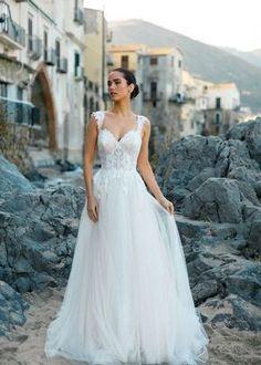 Bodice Wedding Dress, Wedding Dress Backs, Modest Wedding Dresses, Boho Wedding Dress, Bridesmaid Dresses, Bridal Gowns, Wedding Gowns, Enchanted Bridal, Gown Gallery