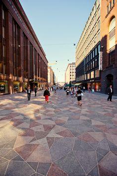 Penrose tiling, Keskuskatu, Helsinki. Ville Majander.