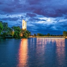 The beauty of the National Carillon has never been captured so clearly! This impressive musical instrument was a gift of the British Government to the people of Australia in celebration of the 50th anniversary of the National Capital. Photo: Instagrammer jcuae #visitcanberra #seeaustralia