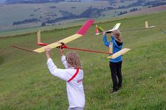 Easy methods to fly at no cost. http://www.howtogetcheapairlinetickets.net/how-to-fly-for-free.html 2013 FAI World Championship for Free Flight Slope Soaring Model Aircraft + 2013 FAI Junior World Championship for Free Flight Slope Soaring Model Aircraft