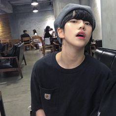 Read male ulzzang from the story 𝐓𝐑𝐄𝐀𝐒𝐔𝐑𝐄 ! Cute Asian Guys, Cute Korean Boys, Asian Boys, Asian Men, Cute Guys, Korean Boys Ulzzang, Ulzzang Couple, Ulzzang Boy, Korean Men