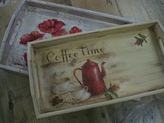 Decoupage Box, Decoupage Vintage, Shabby Vintage, Altered Cigar Boxes, Diy And Crafts, Paper Crafts, Chalk Paint Projects, Painted Trays, Wood Tray