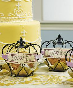 These miniature wire crowns offer a wealth of decorative possibilities. Whether used to nestle a scrumptious dessert or simply to add regal flair to your table top display, these tiny crowns will be irresistible.
